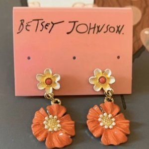 Betsey Johnson flower dangle/ drop earrings